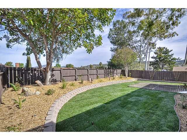 Photo 15: Photos: MIRA MESA House for sale : 3 bedrooms : 9076 Kirby Court in San Diego
