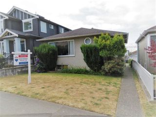 Main Photo: 528 E 56TH Avenue in Vancouver: South Vancouver House for sale (Vancouver East)  : MLS®# R2602364