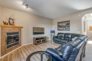 Photo 9: 32 ROCKYWOOD Park NW in Calgary: Rocky Ridge Detached for sale : MLS®# A1091115