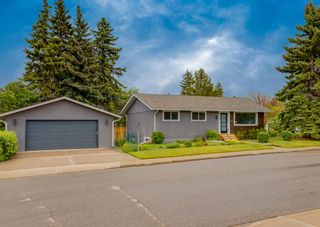 Photo 1: 6304 Tregillus Street NW in Calgary: Thorncliffe Detached for sale : MLS®# A1116266