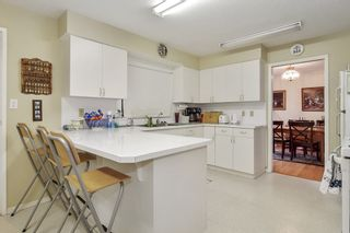 Photo 4: 15410 PACIFIC Avenue: White Rock House for sale (South Surrey White Rock)  : MLS®# R2521444