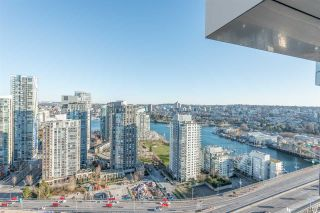 "Photo 10: 3507 1480 HOWE Street in Vancouver: Yaletown Condo for sale in ""VANCOUVER HOUSE"" (Vancouver West)  : MLS®# R2445993"