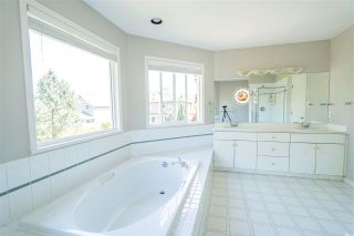 """Photo 18: 9362 206A Street in Langley: Walnut Grove House for sale in """"Greenwood"""" : MLS®# R2582222"""