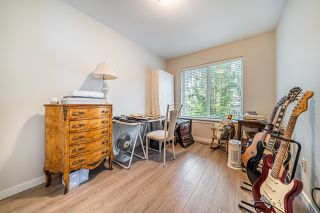 """Photo 17: 1 15717 MOUNTAIN VIEW Drive in Surrey: Grandview Surrey Townhouse for sale in """"Olivia"""" (South Surrey White Rock)  : MLS®# R2610838"""