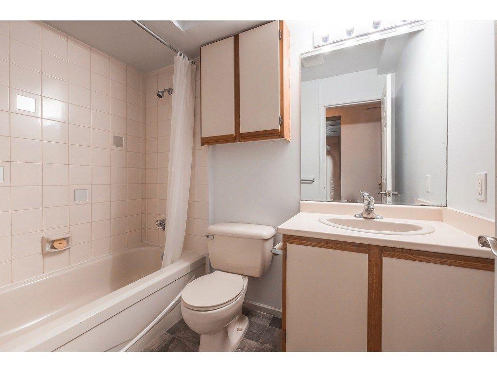 "Photo 14: Photos: 309 2684 MCCALLUM Road in Abbotsford: Central Abbotsford Condo for sale in ""Ridgeview"" : MLS®# R2358265"