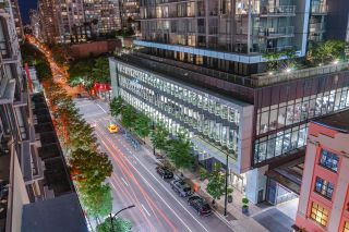 """Photo 8: 1017 788 RICHARDS Street in Vancouver: Downtown VW Condo for sale in """"L'HERMITAGE"""" (Vancouver West)  : MLS®# R2388898"""