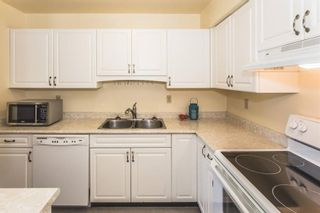 Photo 8: 204 15991 THRIFT AVENUE: White Rock Home for sale ()  : MLS®# R2098488