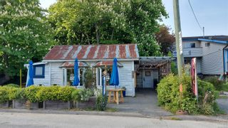 Photo 1: 122 Hereford St in : GI Salt Spring Mixed Use for sale (Gulf Islands)  : MLS®# 875343