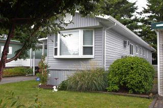 """Photo 2: 4 31313 LIVINGSTONE Avenue in Abbotsford: Abbotsford West Manufactured Home for sale in """"Paradise Park"""" : MLS®# R2592875"""
