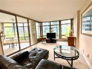 """Photo 7: 405 1200 ALBERNI Street in Vancouver: West End VW Condo for sale in """"Palisades"""" (Vancouver West)  : MLS®# R2612011"""