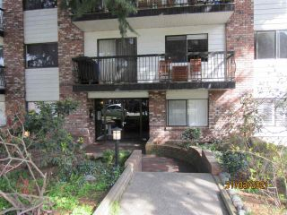 """Photo 3: 210 2330 MAPLE Street in Vancouver: Kitsilano Condo for sale in """"Maple Gardens"""" (Vancouver West)  : MLS®# R2566982"""