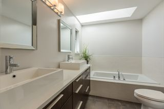 Photo 9: 3643 W 2ND Avenue in Vancouver: Kitsilano 1/2 Duplex for sale (Vancouver West)  : MLS®# R2004250