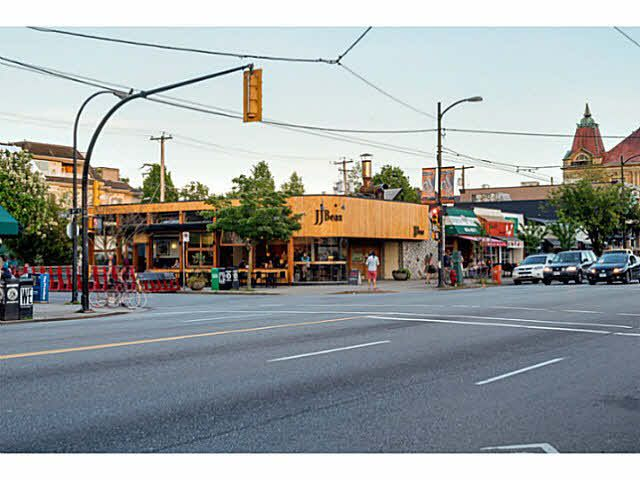 """Photo 17: Photos: 402 2635 PRINCE EDWARD Street in Vancouver: Mount Pleasant VE Condo for sale in """"SOMA"""" (Vancouver East)  : MLS®# V1123501"""