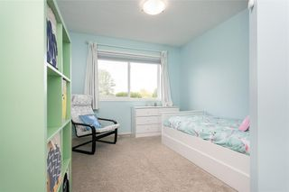 Photo 23: 36 Kelly Place in Winnipeg: House for sale : MLS®# 202116253