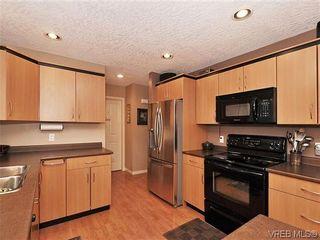 Photo 9: 848 Gannet Crt in VICTORIA: La Bear Mountain House for sale (Langford)  : MLS®# 636927