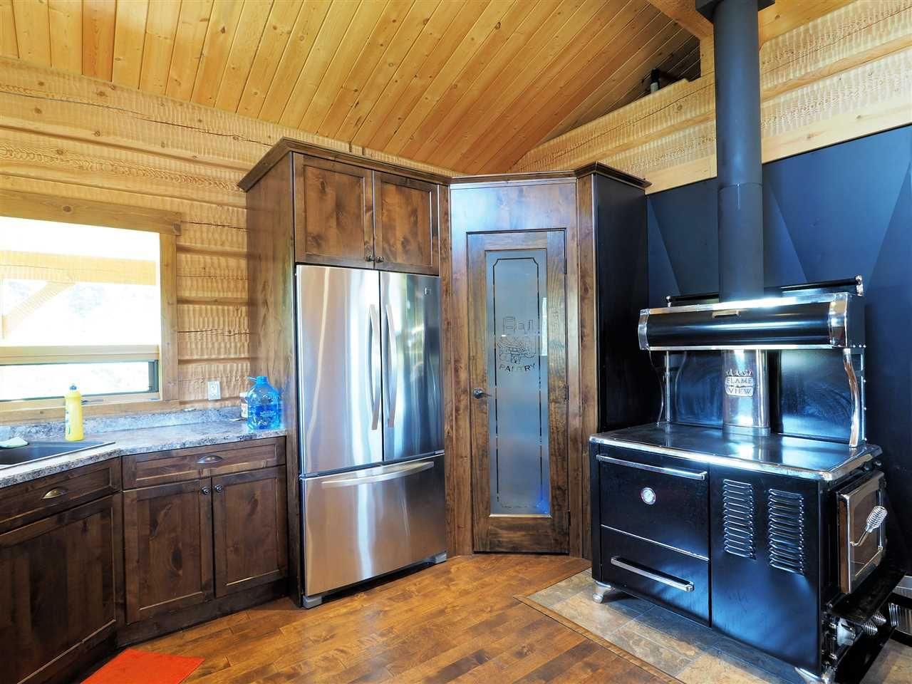 Photo 10: Photos: 4050 CANIM-HENDRIX LAKE Road in Canim Lake: Canim/Mahood Lake House for sale (100 Mile House (Zone 10))  : MLS®# R2396282