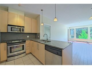 "Photo 7: 214 6268 EAGLES Drive in Vancouver: University VW Condo for sale in ""Clements Green"" (Vancouver West)  : MLS®# V1067735"