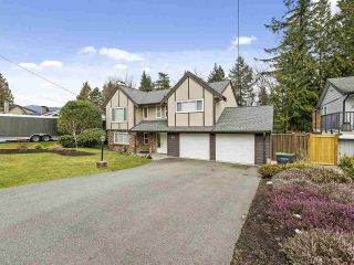 """Photo 3: 831 BAKER Drive in Coquitlam: Chineside House for sale in """"CHINESIDE"""" : MLS®# R2543641"""