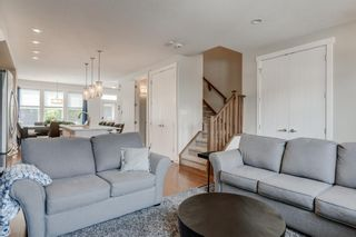 Photo 5: 460 Quarry Park Boulevard SE in Calgary: Douglasdale/Glen Row/Townhouse for sale : MLS®# A1145705