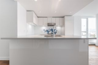 Photo 11: 1107 188 KEEFER Street in Vancouver: Downtown VE Condo for sale (Vancouver East)  : MLS®# R2112630