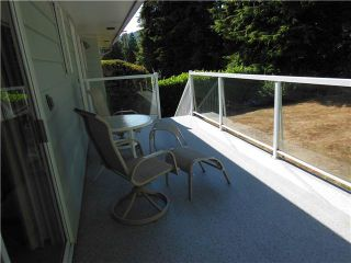 """Photo 3: 858 CLEMENTS Avenue in North Vancouver: Canyon Heights NV House for sale in """"ANYON HEIGHTS"""" : MLS®# V1134933"""