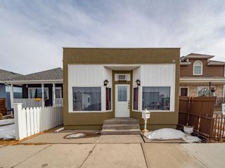 Photo 1: 2512 16 Street SE in Calgary: Inglewood Detached for sale : MLS®# A1079489