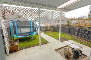 """Photo 17: 7027 180 Street in Surrey: Cloverdale BC Condo for sale in """"Provinceton"""" (Cloverdale)  : MLS®# R2147805"""