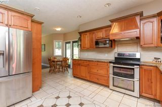 Photo 15: 672 Stewart Mountain Rd in VICTORIA: Hi Eastern Highlands House for sale (Highlands)  : MLS®# 816219