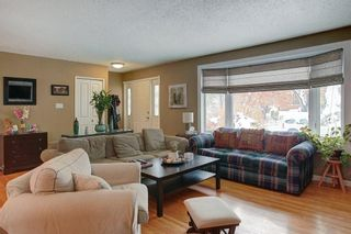 Photo 4: 8 Lenton Place SW in Calgary: North Glenmore Park Detached for sale : MLS®# A1070679