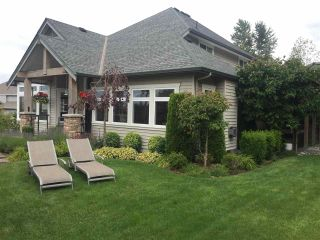 """Photo 2: 3408 BLUEBERRY Court in Abbotsford: Abbotsford East House for sale in """"HIGHLAND"""" : MLS®# R2089125"""