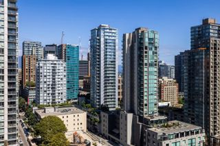"""Photo 6: 2105 969 RICHARDS Street in Vancouver: Downtown VW Condo for sale in """"Mondrian II"""" (Vancouver West)  : MLS®# R2603346"""
