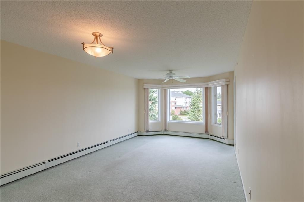 Photo 8: Photos: 3303 HAWKSBROW Point NW in Calgary: Hawkwood Apartment for sale : MLS®# C4305042