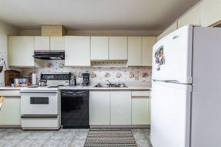 "Photo 6: 122 7610 EVANS Road in Chilliwack: Sardis West Vedder Rd Townhouse for sale in ""Cottonwood Retirement Village"" (Sardis)  : MLS®# R2441700"