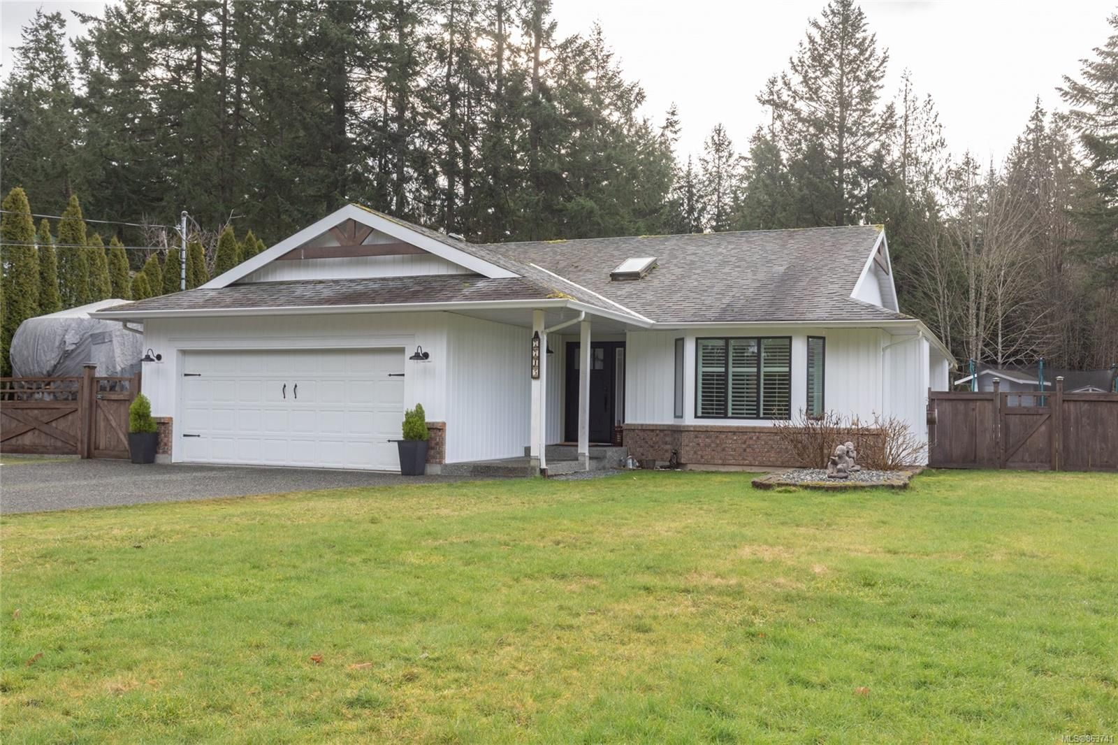 Main Photo: 7715 Clark Dr in : Na Upper Lantzville House for sale (Nanaimo)  : MLS®# 863741