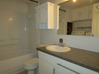 "Photo 11: 8604 77 Street in Fort St. John: Fort St. John - City SE Manufactured Home for sale in ""AENNOFIELD"" (Fort St. John (Zone 60))  : MLS®# R2319753"