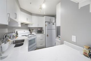 """Photo 4: 1203 1238 MELVILLE Street in Vancouver: Coal Harbour Condo for sale in """"Pointe Claire"""" (Vancouver West)  : MLS®# R2488027"""