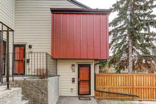 Photo 2: 38 4740 Dalton Drive NW in Calgary: Dalhousie Row/Townhouse for sale : MLS®# A1084913