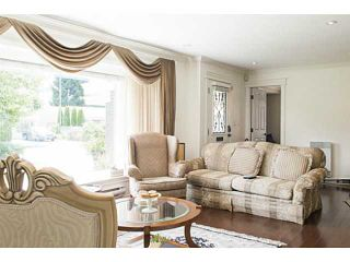 Photo 3: 1223 DOGWOOD Crescent in North Vancouver: Norgate House for sale : MLS®# V1130212