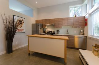 Photo 48: 328 E 22ND Street in North Vancouver: Central Lonsdale House for sale : MLS®# R2084108