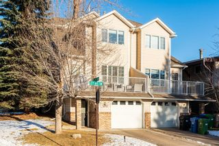 Photo 1: 1642 27 Avenue SW in Calgary: South Calgary Row/Townhouse for sale : MLS®# A1068472