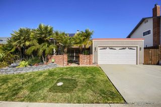 Photo 1: SAN CARLOS House for sale : 4 bedrooms : 8711 Robles Dr in San Diego