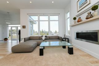 Photo 16: 3641 Cameron Rd in : CV Courtenay South House for sale (Comox Valley)  : MLS®# 869201