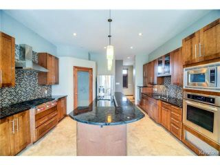 Photo 4: 1557 Charleswood Road in WINNIPEG: Charleswood Residential for sale (South Winnipeg)  : MLS®# 1423932