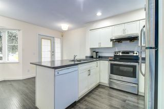 Photo 9: 55 15450 101A AVENUE in Surrey: Guildford Townhouse for sale (North Surrey)  : MLS®# R2483481