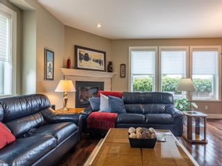 Photo 7: 2 9926 Resthaven Dr in : Si Sidney North-East Row/Townhouse for sale (Sidney)  : MLS®# 857023