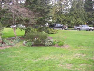 Photo 2: 537 East 19th Street in North Vancouver: Boulevard Home for sale ()