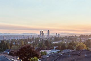 Photo 31: 909 BURNWOOD Avenue in Burnaby: Simon Fraser Univer. House for sale (Burnaby North)  : MLS®# R2492584
