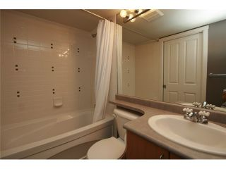Photo 7: 102 3142 ST JOHNS Street in Port Moody: Port Moody Centre Condo for sale : MLS®# V930148
