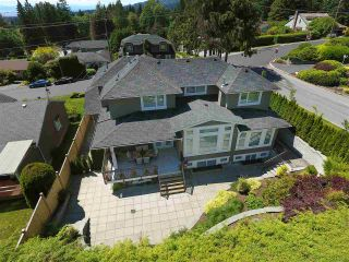 Photo 4: 3796 NORWOOD Avenue in North Vancouver: Upper Lonsdale House for sale : MLS®# R2083548