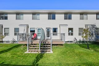 Photo 30: 7 Silvergrove Close NW in Calgary: Silver Springs Row/Townhouse for sale : MLS®# A1150869